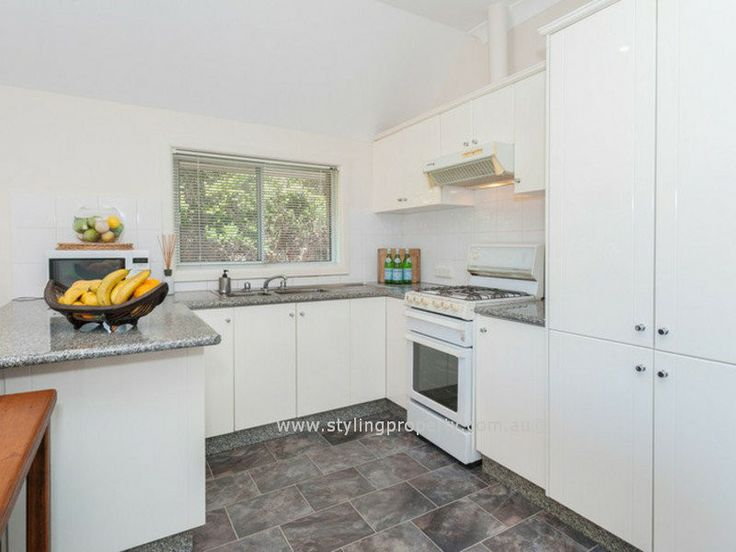 This Bondi beach kitchen came up well after a bit of magic