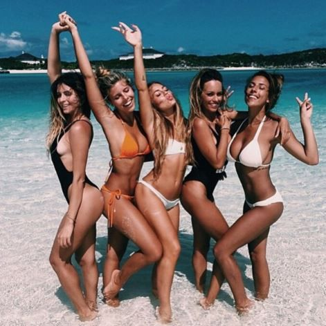 How To | Tan Safe - Excited about the return of summer but worried about revealing that white winter skin? We share below our favourite ways to achieve that flawless sun kissed glow without harming your skin.