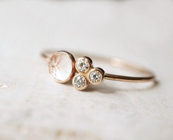 Bague en Quartz rose, Multi Pierre bague, bague de fiançailles, bague Moissanite délicate bague en or 14k bague en or, cadeau pour elle, anneau de promesse, d'empilage