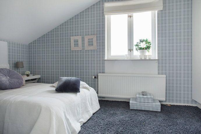 Litet Sovrum Med Fin Enkel Tapet Hemma In 2019 Home