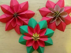 How to fold a poinsettia flower, origami