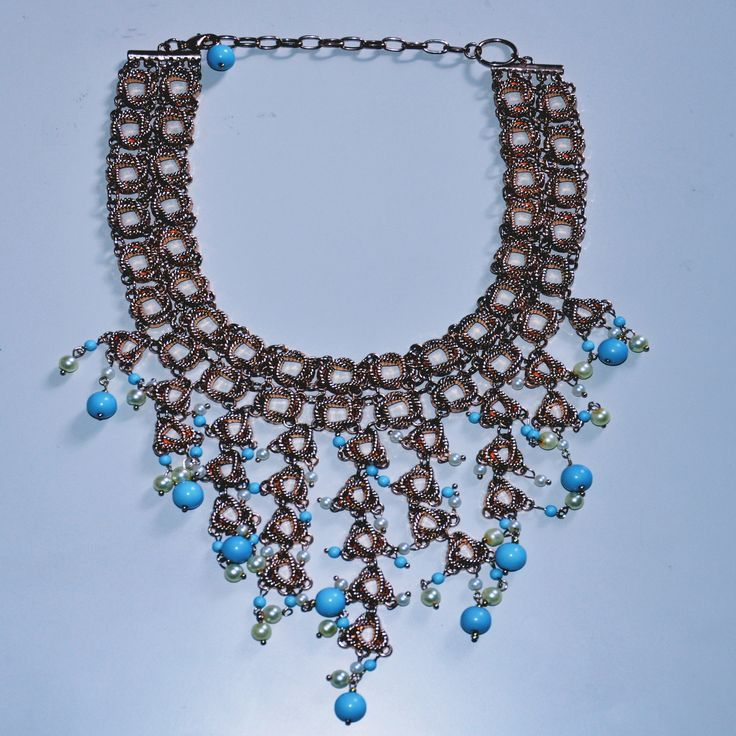 Gorgeous choker necklace now available online at www.ciaobella.ca