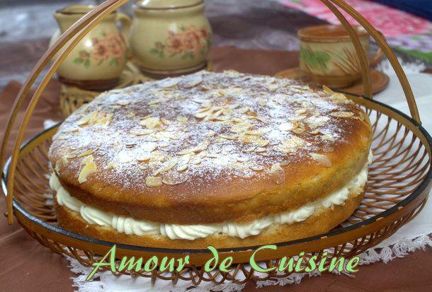 Tarte tropézienne tarte tropezienne Bonjour tout le monde, Tarte tropézienne A la demande de mon père aujourd'hui, j'ai préparé une tarte tropézienne, comme celle que je faisais durant le mois sacré de ramadan, et que mon père aimé tellement, surtout lors du Imsak ( s'hor comme on dit chez nous, ou le moment ou l'en ...
