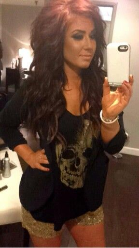 Love love love you Chelsea Houska<3 If i could pull off her hair style and color, i totally would. i love it.