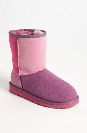 ugg boots qatar  #cybermonday #deals #uggs #boots #female #uggaustralia #outfits #uggoutlet ugg australia UGG Australia 'Classic Short -... ugg outlet