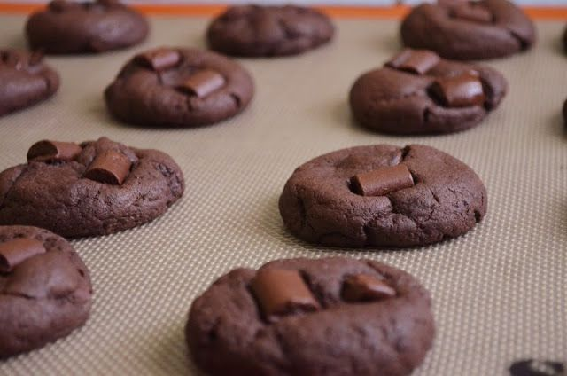 For the Love of Dessert: Double Chocolate Chunk Pudding Cookies