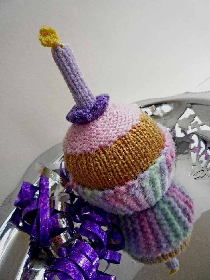 Happy Birthday Knitting Pattern : Birthday cupcake knitting pattern independent designers