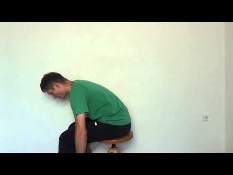 Cvičení na páteř - cvik na uvolnění páteře vsedě - YouTube