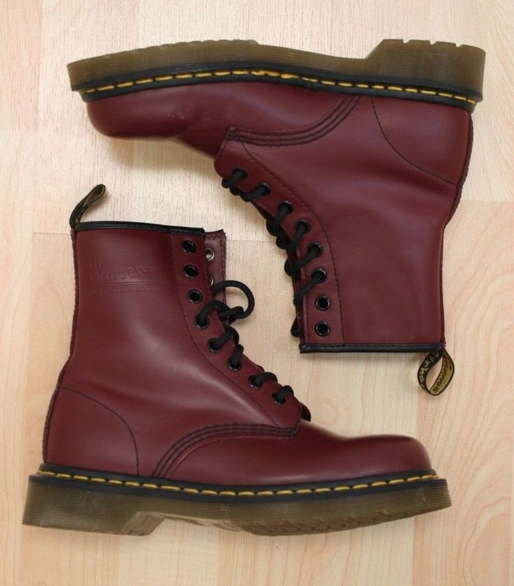 Dr. Martens Women's Burgundy 1460 Lace Up Leather Boots Size 5 #DrMartens #CombatBoots