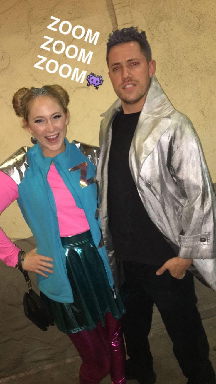 Zenon and Protozoa costumes zenon girl of the 21st century 90s couple costume
