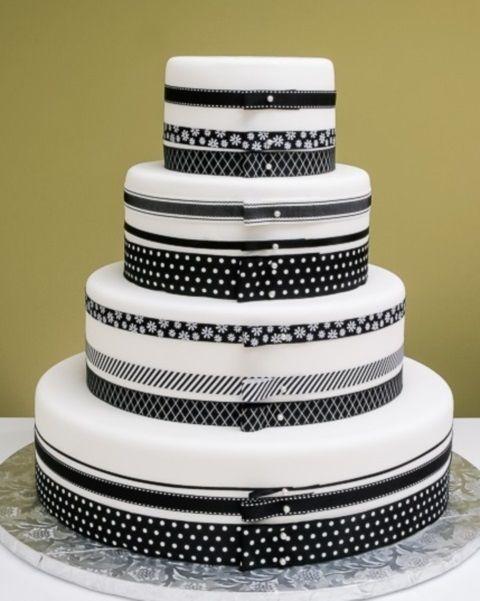 95 Stunning Black And White Wedding Cakes Happywedd Com