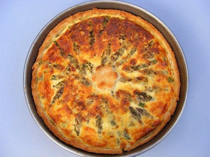szeretetrehangoltan: Spárgás fetás pite (Quiche)
