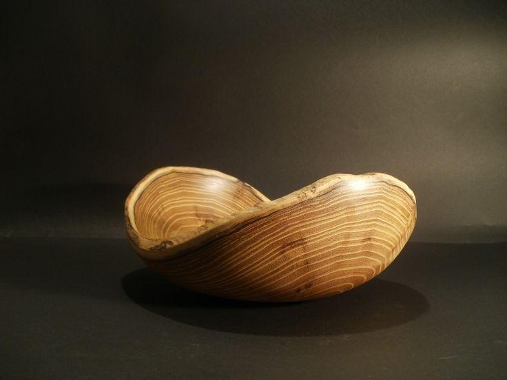 White acacia live edge bowl by Ervin Horn