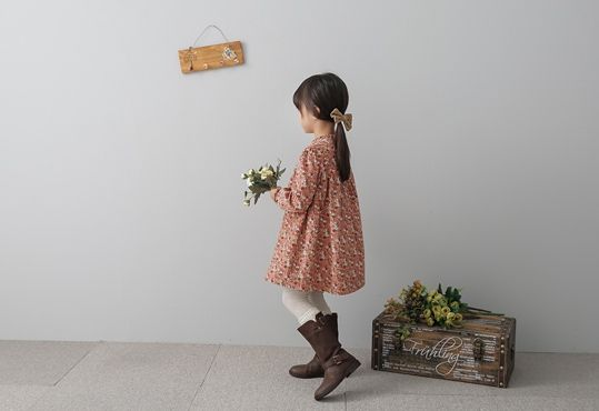 Korea children's No.1 Shopping Mall. EASY & LOVELY STYLE [COOKIE HOUSE] Merci Floral One Piece / Size : 7-19 / Price : 29.00 USD #cute #koreakids #kids #kidsfashion #adorable #COOKIEHOUSE #OOTD #dress #lovely