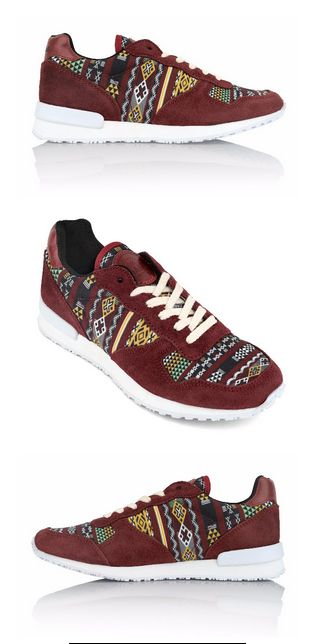 Meet the Morocco Jogger. They are inspired by the authentic Kilim rugs of Morocco, woven by the local Berbers. The warm and geometrical patterns are perfect for any fall wardrobe! Put on your Morocco Joggers and experience the history and colorful textures of the Moroccan culture! #Inkkas #Inkkasshoes