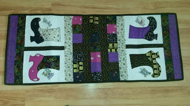 Halloween Table Runner....This was the summer challenge 2017.