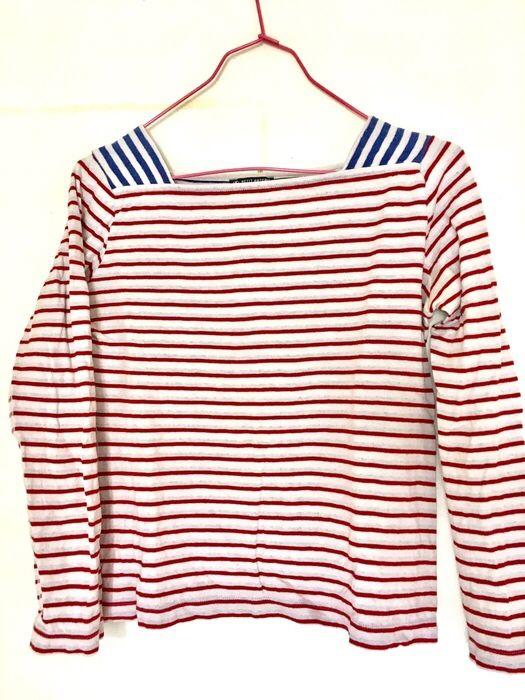 Marinière revisitée bicolore Petit Bateau ! Taille 38 / 10 / M  à seulement 17 €. Par ici : http://www.vinted.fr/mode-femmes/autres-hauts/25482393-mariniere-revisitee-bicolore.