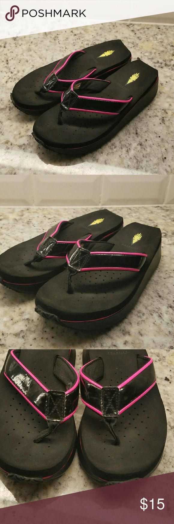 Volatile Flip Flops Black and hot pink. Wedge. Comfy. Volatile Shoes Sandals