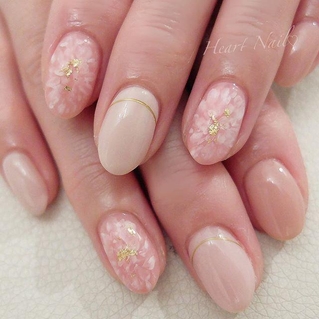お持ち込みデザイン♡ニュアンスフラワー #nails#nail#nailart#nailstagram#gelnails#nailart#ネイル#ネイルアート#ネイルデザイン大人可愛い#大人ネイル#上品ネイル#オフィスネイル#ジェルネイル#シンプルネイル#野田市ネイルサロン#ブライダルネイル