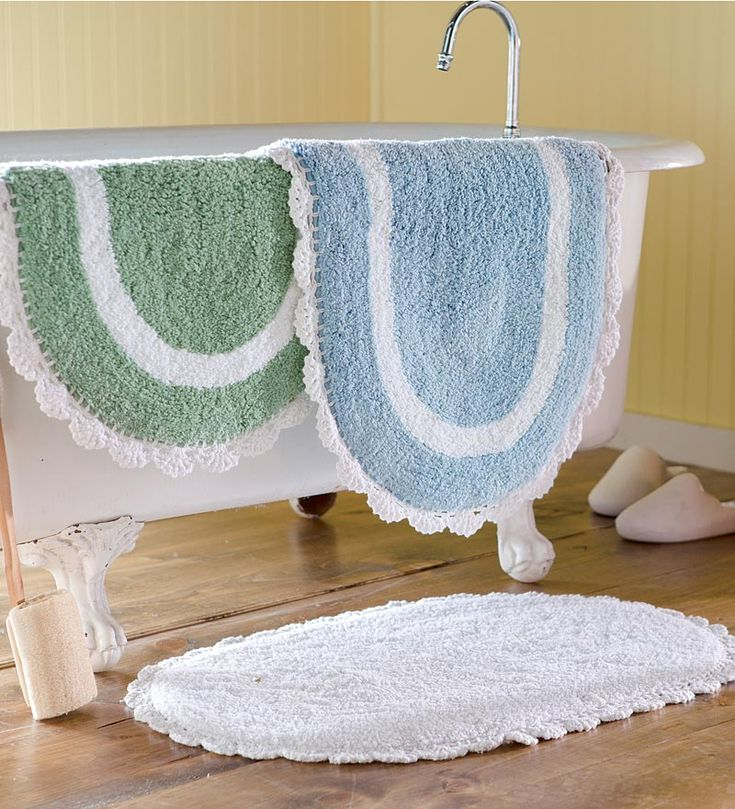 Tufted Chenille Oval Bath Mat With Hand Crocheted Trim