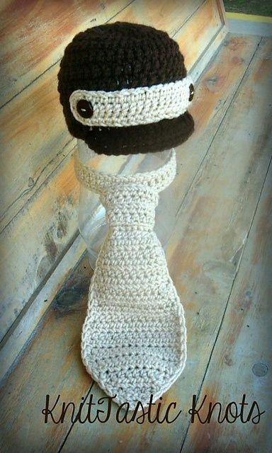 Newborn baby bot necktie - free crochet pattern @Barbara Molnarova @Andrea Laca dievcence, nieco pre vas :)