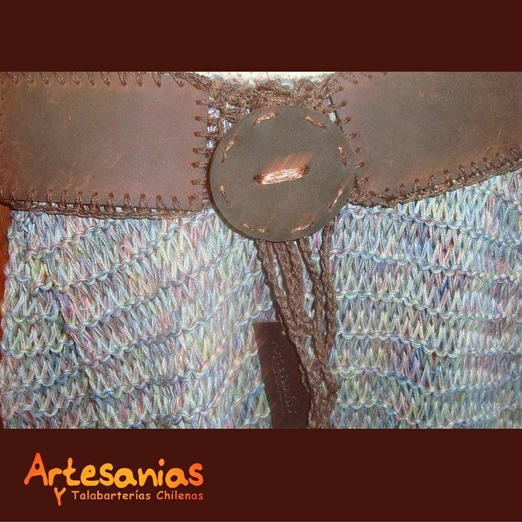 Conoce nuestros prendedores exclusivos creados con cuero y cobre, y hermosos cinturones artesanales.  #ArtesaniasyTalabarterias #AccesoriosChile
