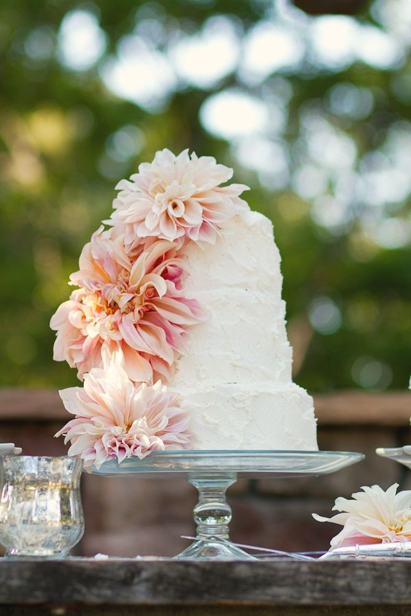 Dahlia and Buttercream Wedding Cake. I would want this with buttercream flowers, though.