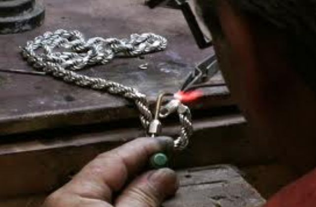 Jewelry Repair Services in Los Angeles