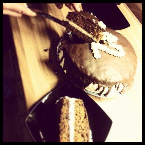 7/100cakes challenge: Mrkvový dort s čokoládovou polevou