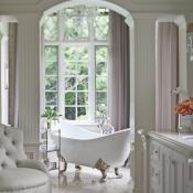 .: Bathroom Design, Bath Tubs, Modern Bathroom, Bathtubs, Clawfoot Tubs, Dreams Bathroom, Beautiful Bathroom, Master Bath, White Bathroom