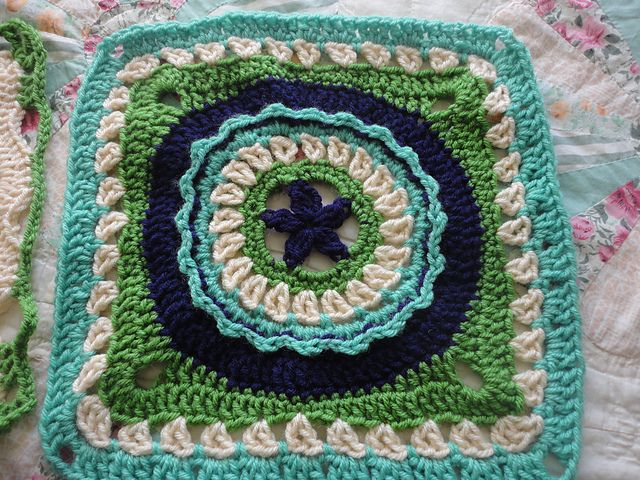 36 best crochet chain reaction images on pinterest chain circle star square pattern in ebook by julie yeager project gallery for chain reaction afghan project pattern by interweave crochet team and other fandeluxe Ebook collections
