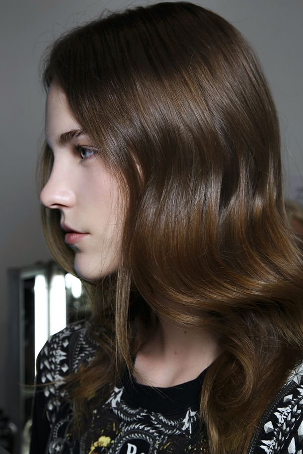The Right Way to Use Hair Oils for Gorgeous Hair