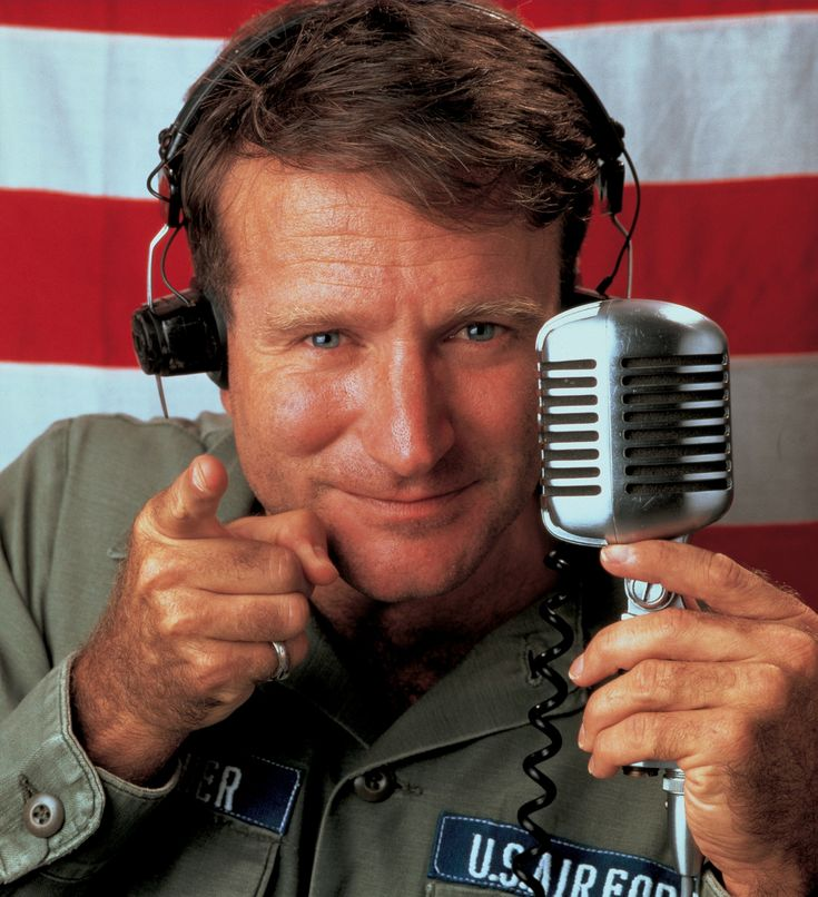 Robin Williams at his best as an uncensored radio entertainer in Good Morning Vietnam