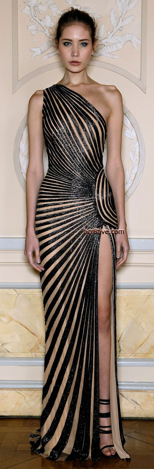 Zuhair Murad Spring Summer 2013 Ready to Wear Collection Construction & fit. Amazing.