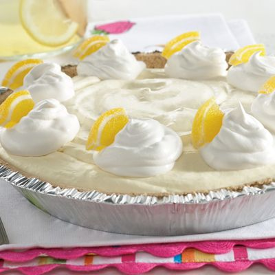 Frozen Lemonade Pie (Easy; 8 servings) #lemonade #pie #picnic