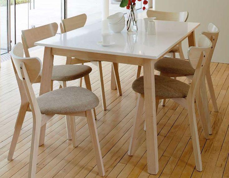 Table à manger scandinave blanc laqué et bois clair EUGENIE
