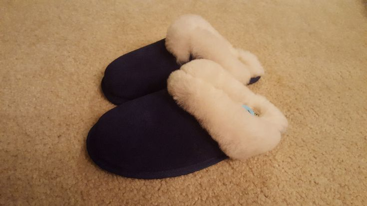 Koolaburra By UGG Milo Scuff Slippers Navy Blue Suede Leather Sheep Wool US 6 #UGGAustralia #Slippers