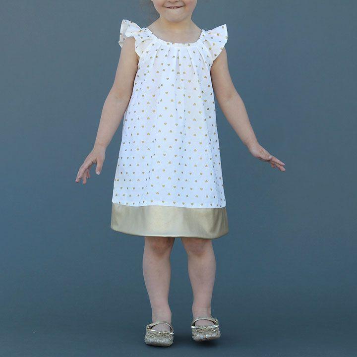 pleated flutter sleeve dress (free pattern in size 4T)