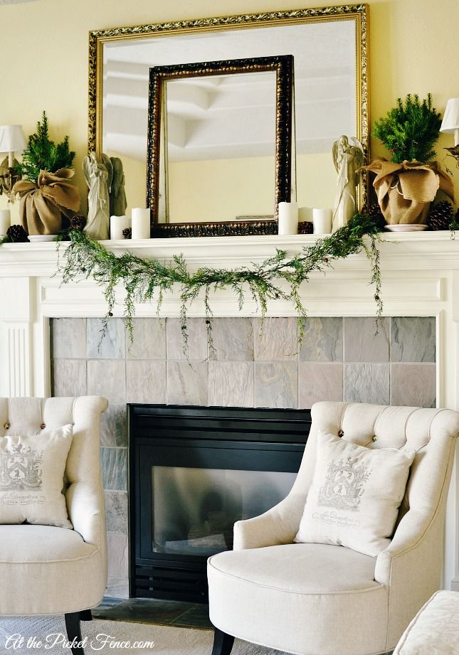 ... Country Christmas, Chairs Style, French Country Style, Christmas Decor