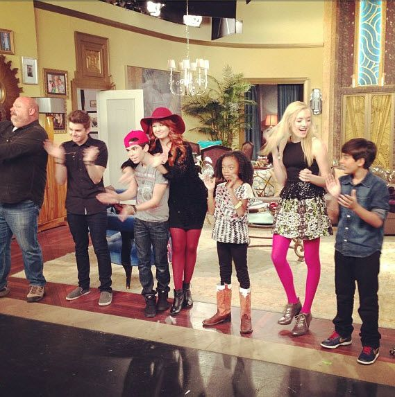 "Pics: The Cast Of ""Jessie"" At Their Live Taping January 25, 2013"