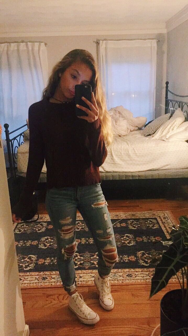 maroon long sleeve ripped jeans and converse