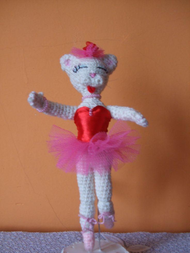 Cica balerina