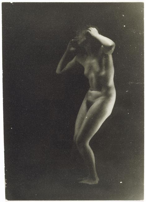 Nu, Paris, vers 1930 Krull Germaine
