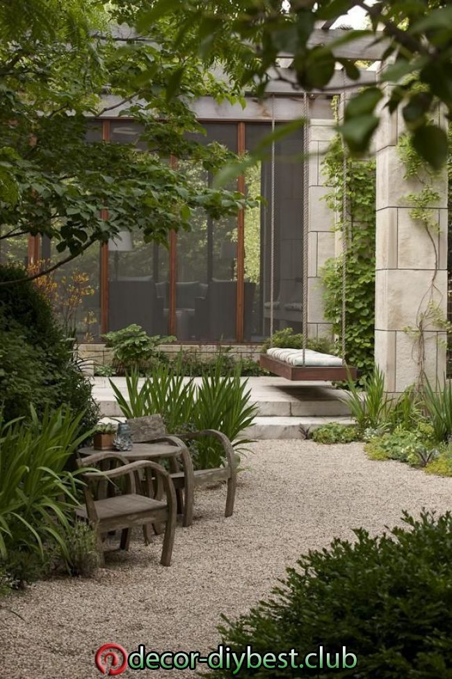 City Vibe Meets Midwest Charm In This Harmonious Lincoln Park Garden Designed By Garden Design Mode In 2020 Modern Landscape Design Landscape Design Backyard Design