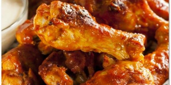 imagehttp://foodiesnetwork.tv/hot-spicy-buffalo-wings/
