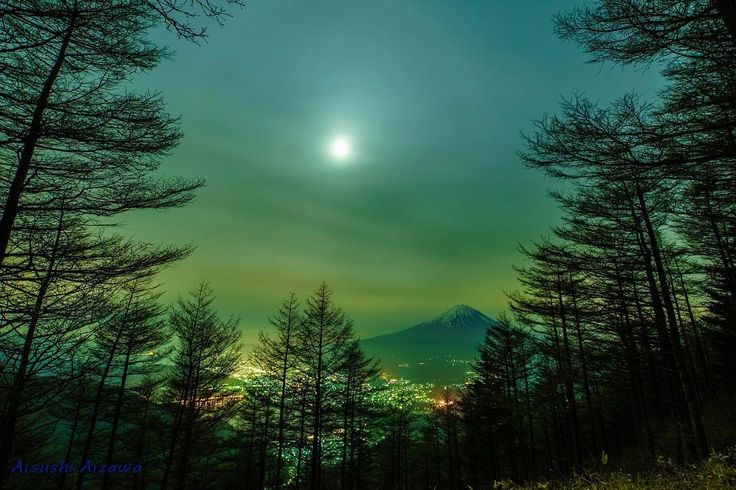 964 The moon in the pass 峠の月  Fujikawaguchiko Yamanashi Japan 山梨県富士河口湖町  #japanfocus #jp_gallery #Super_Asia_ #fotografdukkanim #instagramjapan #hot_shotz #ig_worldclub #ig_japan  #wu_japan #wu_asia #worldunion #theworldshotz #igersjp #icu_japan #team_jp_ #team_jp_東 #山梨県 #team_jp_skyart #mtfuji #Japan #Yamanashi  #natureaddict Mt. Fuji Yamanashi Japan #Lovers_Nippon #東京カメラ部 #japan_night_view #japan_night_view_member #1xPicoftheDay #ig_photooftheday  #夜景ら部  #写真好きな人と繋がりたい by a_aizawa