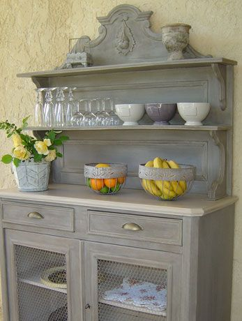 Les 25 meilleures id es concernant peindre de vieux - Peinture pour renovation meuble ...