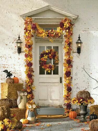 19 outdoor halloween decorations halloween yard and porch ideas country living
