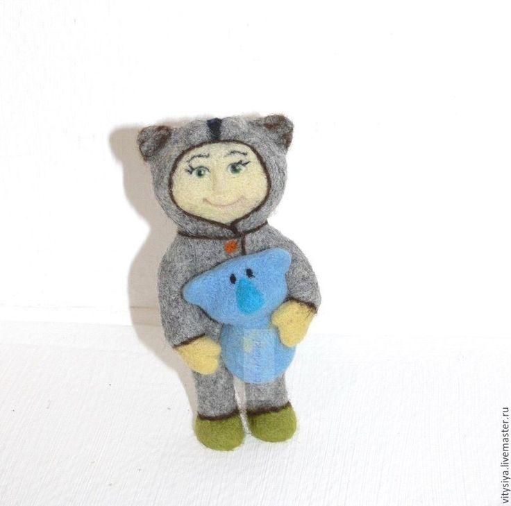 Купить Малыш с коалой - серый, игрушка из войлока, Сухое валяние, кошка, кардочес новозеландский