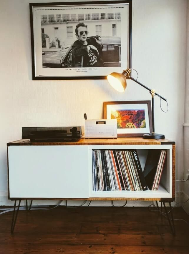 Record Player Stand From Ikea Besta And Pallet Wood Ikea Hackers Record Room Record Player Stand Ikea Living Room Diy